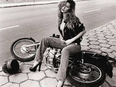 Hot Motorcycle Girl Sitting on a Fallen Bike | Motorcycle Blog of Leatherup.com