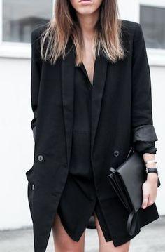 How to Wear a Black Shirt? The BEST combos #evatornadoblog #russianfashionblog #fashionblog