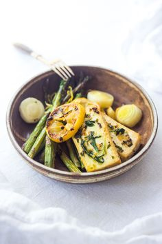 One Pan Tarragon Tofu and Asparagus with Lemon and Leeks