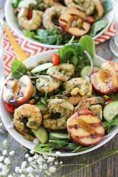 Try this Pesto Shrimp & Grilled Peach Salad Healthy Grilling, Grilling Recipes, Seafood Recipes, Paleo Recipes, Paleo Ideas, Drink Recipes, Grilled Peach Salad, Grilled Peaches, Grilled Shrimp