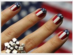 Cool American nails!!^^