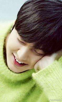 Cute phô mai que 😍 Asian Actors, Korean Actors, Korean Celebrities, Lee Min Ho Girlfriend, Le Min Hoo, Heo Joon Jae, Lee Min Ho Smile, Lee Min Ho Dramas, Lee Min Jung