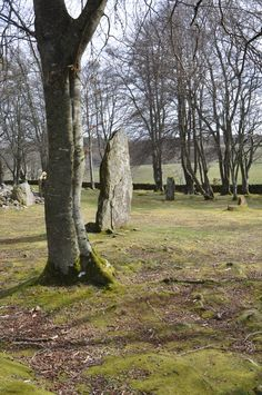 Clava Cairns-Standing Stones, Inverness, Scotland