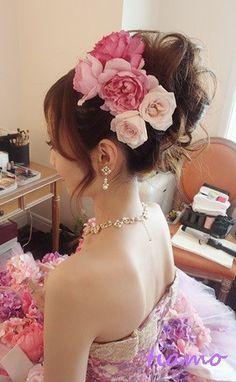 美人花嫁さまの3アップスタイルチェンジで素敵な一日♡ の画像|大人可愛いブライダルヘアメイク 『tiamo』 の結婚カタログ Handmade Flowers, Headpiece, Backless, Crown, Hair, Dresses, Style, Fashion, Corona
