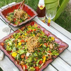 SO easy and so refreshing!  Savvy Chef: Asian Vegan Pasta Salad
