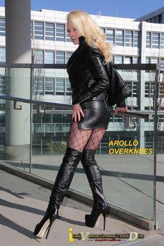 Lady Vanessa in AROLLO Overknee Boots ANNA3