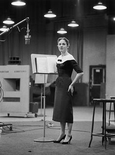 "Julie Andrews recording ""My Fair Lady"" 1956."