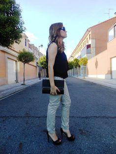 Ya tenéis nuevo #outfit con sandalias de @MARYPAZ Shoes Besos #fashion #ootd #heels #shoelover http://www.trendycaos.com/2014/06/taconazos-hasta-el-sol.html… pic.twitter.com/SUKry7bLcZ