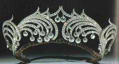 """Cartier Ocean Waves Tiara c1904. Owned by Lord Henderskelfe.  Diamonds and platinum. (Loaned to VA Museum for """"Tiaras"""" exhibit)"""