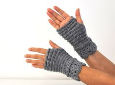 Gray Fingerless Gloves Wrist Warmers Lace by reflectionsbyds