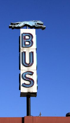 Vintage neon for Greyhound in Beamount Roadside Signs, Neon Moon, Vintage Neon Signs, Neon Nights, Bus Station, Train Station, Old Signs, Busa, Neon Lighting