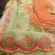 Embroidery Suits Punjabi, Hand Embroidery Dress, Embroidery Suits Design, Embroidery Fashion, Embroidery Designs, Punjabi Salwar Suits, Punjabi Dress, Designer Punjabi Suits, Indian Designer Wear