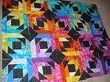 The Nifty Stitcher: Pineapple Blossom Quilt