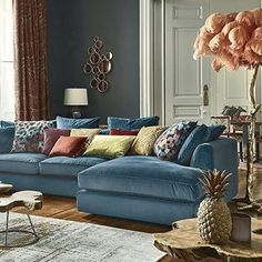 Make a home to live in. Show your personality in your home. Mix what you love and get ready to enjoy winter inside. Beautiful from article in #designlisticle