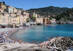 ❀ Holiday homes & holiday rentals in northern Italy ❀ 250 holiday apartments ✓ Mild climate in Liguria ✓ Sandy beaches & blue sea ✓ The best vacations! Sestri Levante, Beautiful Villas, Holiday Apartments, Northern Italy, Beach Town, Sandy Beaches, Best Vacations, Sailing, Europe