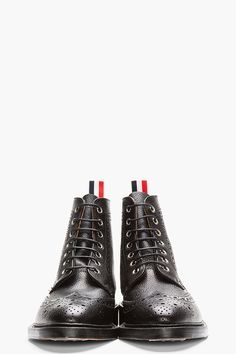 THOM BROWNE Black Scotchgrain Leather Wingtip Brogue Boots
