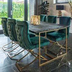 Luxury Dark Resin Table with Gold Steel Legs and matching Green Velvet Dining Chairs with Gold Legs. Large Dining Set comes with Free UK delivery! 6 Seater Dining Table, Dining Table Design, Modern Dining Chairs, Dining Room Furniture, Dining Set, Dining Rooms, Kitchen Dining, Green Dining Room, Luxury Dining Room