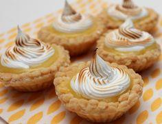 Marvelous Mini Lemon Meringue Pies!