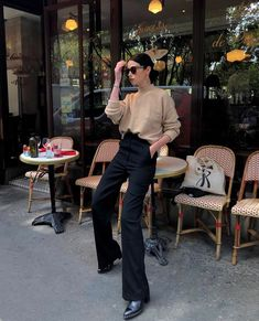 ParisFrance December 10 2019 at fashion-inspo Work Looks, Looks Style, Style Me, Fall Winter Outfits, Autumn Winter Fashion, Summer Outfits, Mode Outfits, Fashion Outfits, Fashion Clothes
