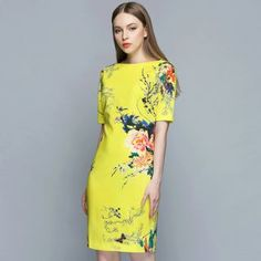 Buy Queen Mulock Short-Sleeve Floral Dress at YesStyle.com! Quality products at remarkable prices. FREE WORLDWIDE SHIPPING on orders over US$35.