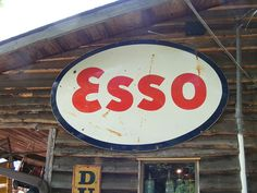 I always liked the Esso logo. So curvy and pretty. Then they changed it to Exxon in America. Machismo to appeal to the insecure male market. Men in Europe aren't insecure about their masculinity, so it is still called Esso over there...