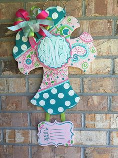 Wood cross door hanger with center attachment. Great for a baby birth announcement for the hospital and home. You can choose your colors. You