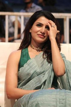 Samantha Akkineni in Jaanu Pre-release Event Samantha In Saree, Samantha Ruth, South Indian Actress, Beautiful Indian Actress, Beautiful Actresses, Samantha Images, Designer Sarees Wedding, Babe, Daily Beauty Routine
