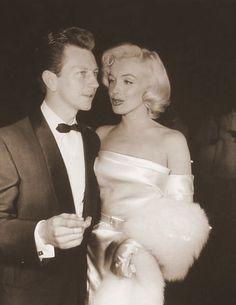 Marilyn Monroe & Donald O'Connor