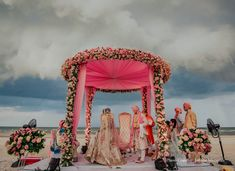 wedding photos , wedding photo ideas , wedding photo inspirations , wedding images , wedding photography , wedding photography indian Thailand Wedding, Wedding Mandap, Best Wedding Planner, Wedding Function, Beach Look, Wedding Images, Wedding Groom, Wedding Portraits, Real Weddings