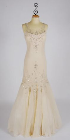 1930's Vintage wedding dress photo vintage-wedding-dress.jpg--love the bodice styling!