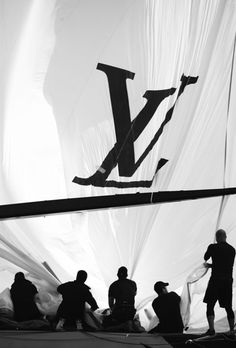 America's Cup watches by Louis Vuitton Louis Voutton, Style Blog, Baie De San Francisco, White Photography, Fashion Photography, Mode Poster, Black And White Photo Wall, Black And White Aesthetic, Blue Aesthetic