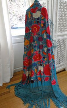 Maria Niforos - Fine Antique Lace, Linens & Textiles : Antique & Vintage Shawls # SH-42 Superb Turquoise Silk Canton Shawl