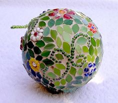 Mosaic sphere - WIP 3 - I was so disappointed that I put the globe deep into a cupboard...