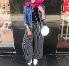 Hijab Fashion Tendance Chic 2019 - Hijab Fashion and Chic Style Hijab Fashion Summer, Modern Hijab Fashion, Hijab Fashion Inspiration, Muslim Fashion, Fashion Outfits, Women's Fashion, Fashion Trends, Hijab Dress, Hijab Outfit