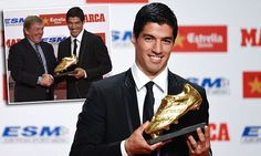 Luis Suarez accepts Golden Shoe award from Liverpool legend Dalglish