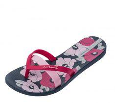 b79ddf62e720 Ipanema Kirei Silk Flower flip flops are a colourful choice for the summer.  The classic