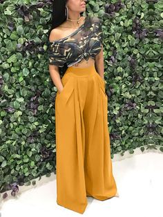 If you're looking for a pleated, wide leg pants look no further than this! Our casual pants will add an instant style upgrade to your closet. Cute Casual Outfits, Chic Outfits, Casual Wear, Casual Dresses, Fashion Dresses, Dresses Dresses, Dresses Online, Formal Dresses, Womens Fashion Online