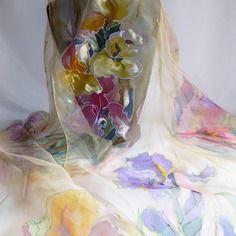 """Etole écharpe foulard en mousseline de soie peint main fleuri """" la dame du nil """""""
