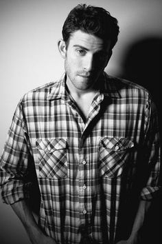 Bryan Greenberg....aka from October Roads, and also the adorable brother in Bride Wars. Jake from one tree hill. <3
