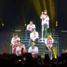 iKON Kim Hanbin Ikon, Jay Song, Ikon Wallpaper, Yg Entertainment, Kpop, Concert, Instagram, Goals, Life