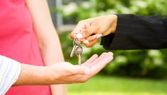 Selling House Conveyancing Fees  When you sell your property, you will need to hire the services of a conveyance lawyer. They are qualified experts that deal with the legal work required for a successful completion. Before you instruct a conveyancer,...