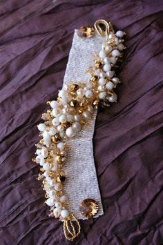 Peyote bracelet by Sweetromantic on Etsy Beaded Jewelry Designs, Bead Jewellery, Jewelery, Handmade Jewelry, Beaded Bracelet Patterns, Beaded Bracelets, Making Bracelets With Beads, Jewelry Making, Beaded Jewelry