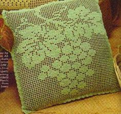 Free Crochet Grapevine Filet Pillow