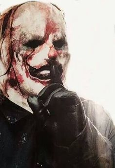 Clowns new mask is the best it's ever been