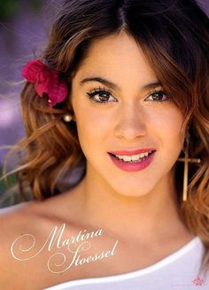 Martina stoessel starring in the Disney Channel Violetta is also my second favourite actress. She sings very well too, check it out. Divas, Disney Channel, Agent Kc, Violetta Disney, Exotic Women, Selena Gomez, Martini, Hair Color, Beautiful Women
