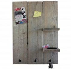 Steigerhouten prikbord met plankjes