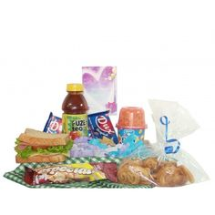 Tarde+Saboreada Candy Bouquet, Picnics, Breakfast Ideas, Dog Food Recipes, Catering, Tea, Gift, Amor, Surprise Gifts