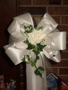 10 Ivory Rose Pew Bows Wedding Decorations Bridal