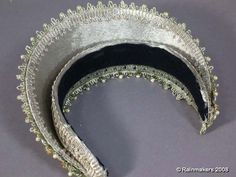 """Hood worn by Natalie Portman in """"The Other Boleyn Girl"""". Check out how it's just a headband- could totally make one of these."""