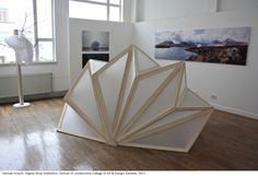Doowon Suh Artist's Statement: 'Inspired by the recent quakes and tsunamis in Japan and Haiti, the Origami Shelter aims to provide fast, efficient protection for those in dire situation… Kinetic Architecture, Folding Architecture, Architecture Model Making, Tropical Architecture, Concept Architecture, Architecture Design, Folding Structure, Paper Structure, Homeless Housing